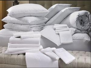 新しい到着の精巧な洗濯できるホテルの羽毛布団の枕内部セット