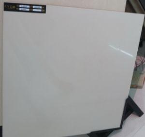 中国の工場600*600アイボリーの白い磨かれた磁器の床タイル