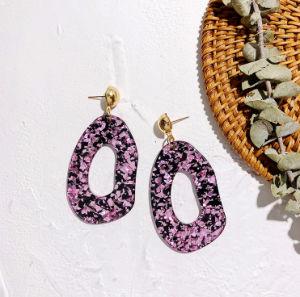 92481991e235 Estilo caliente Populares Europeos y Americanos aretes con joyas aretes de Acrílico  Color