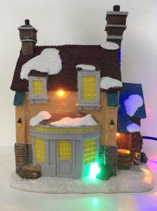 Decoのための良質の樹脂LEDのクリスマスの家