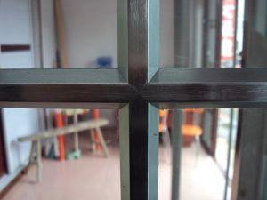 Portello scorrevole di alluminio