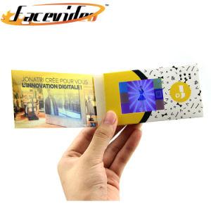 2.4インチLCDスクリーン小型携帯用広告MP4プレーヤーのビデオ招待のカードのデジタルビジネス挨拶状のパンフレット