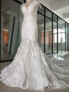 가득 차있는 레이스를 가진 신부 복장을 Wedding 2018 가장 새로운 백색 트럼펫