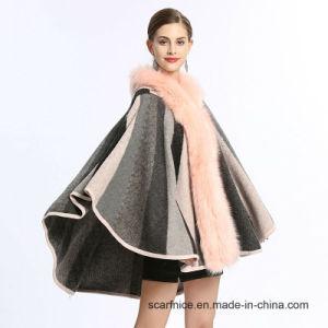 秋の冬の縞で飾られた新しい方法女性はカーディガンのセーターの偽造品のキツネの毛皮のカシミヤ織のショールの覆い岬のFemmeのコートのポンチョを編んだ
