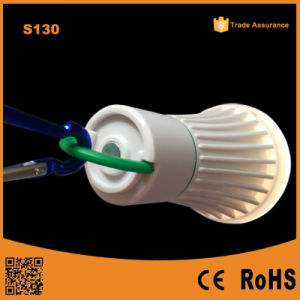 ホックが付いている3*AAA/18650再充電可能なLEDキャンプの緊急LEDのランタン