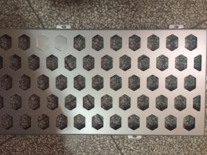 Motif perforé personnalisé du panneau de façade en aluminium
