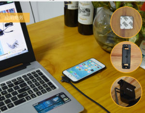 Cargador de pared Moutable USB con cable retráctil