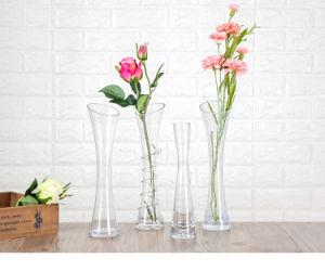 Поверхность стола красочное оформление стеклянный цветок изображение большего размера