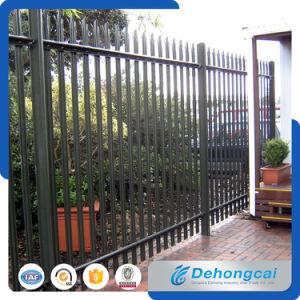 塗られる粉が付いている最新の機密保護の錬鉄の塀