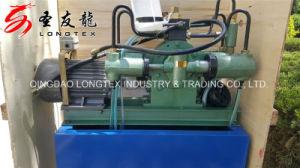 Teste a bomba hidráulica da máquina Têxteis Prats girando as peças da máquina
