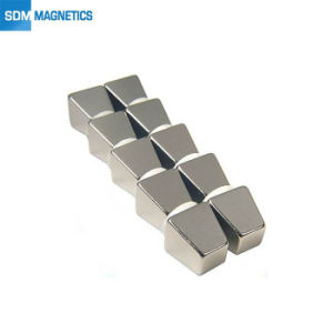 Industrielles Qualifiées Rare Earth Permanent/néodyme NdFeB N52 Nickel/zinc/Zn aimant couché