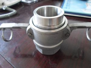 Spostare il connettore rapido del tubo flessibile del metallo flessibile