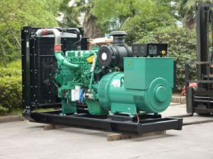 Kpc880 704kw/880kVA Ccec Cumminsのディーゼル力の電気発電機