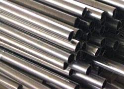 Tubi degli ss per la struttura del macchinario