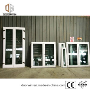 Weißes Neigung-Drehung-Fenster