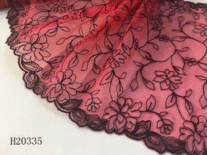 Diseño simple motivo de lencería de encaje bordado con encanto