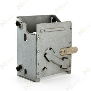 スズメッキをされる電気接触のためのアセンブリを押す