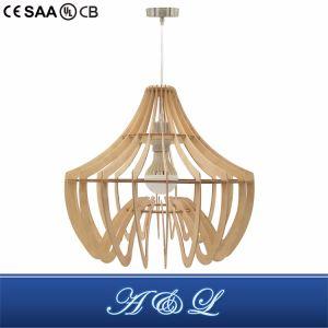 Venda por grosso de madeira com design moderno Lâmpada Pendente