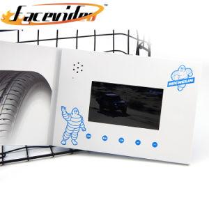 Cartolina d'auguri di disegno 7 di Facevideo video di pollice TFT LED del giocatore popolare dell'invito MP4 per la pubblicità del commercio di vendita