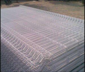 China cerca de 3D / 3 V / Valla forma de malla de alambre soldado