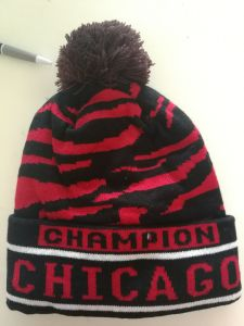 人の`Sのチーム米国バルセロナの標準的な帽子の暖かい伸縮性がある帽子の帽子