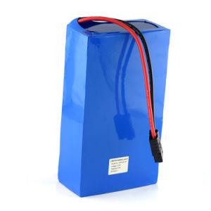 A fábrica vender 12,8 V 50AH LiFePO4 Bateria de lítio para luz de Rua Solar