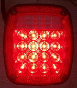 自動車部品のユニバーサル正方形の組合せのシグナルLEDのトラックのトレーラー車ライト
