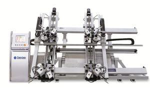 Quatre CNC Mitre Corner le sertissage de la machine 1