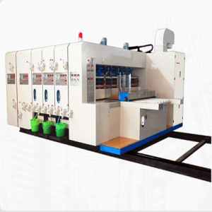 Multicolors Flexo Drucken-kerbende und stempelschneidene Maschine