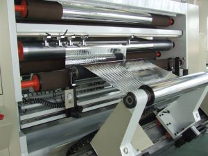 La máquina Xs-Hdfg2500-3300C-6 de doble columna de la máquina de corte tipo de materiales de la película