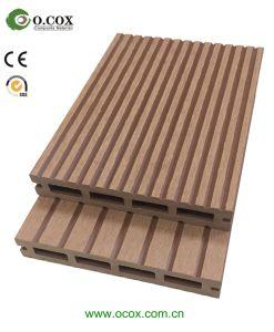 O WPC Madeira em deck pavimento composto de plástico granida WPC deck de madeira