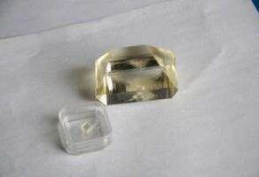 Het Kristal van Ktp (GRIJS VOLGEND VERZET tegen Kristal KTiOPO4)
