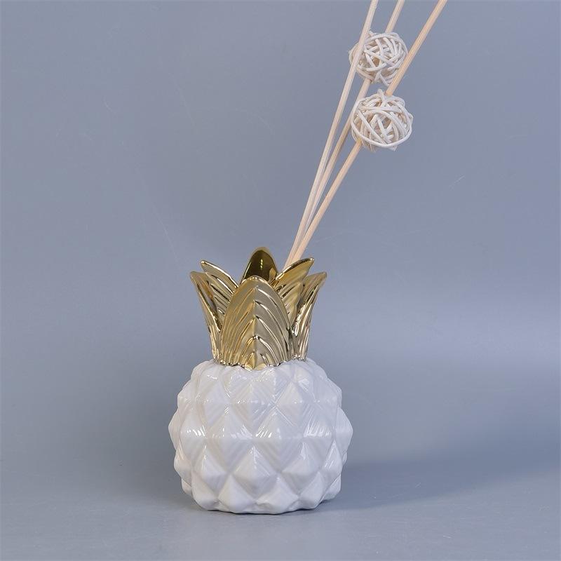 Huiles essentielles décoratif de l'ananas de la forme des
