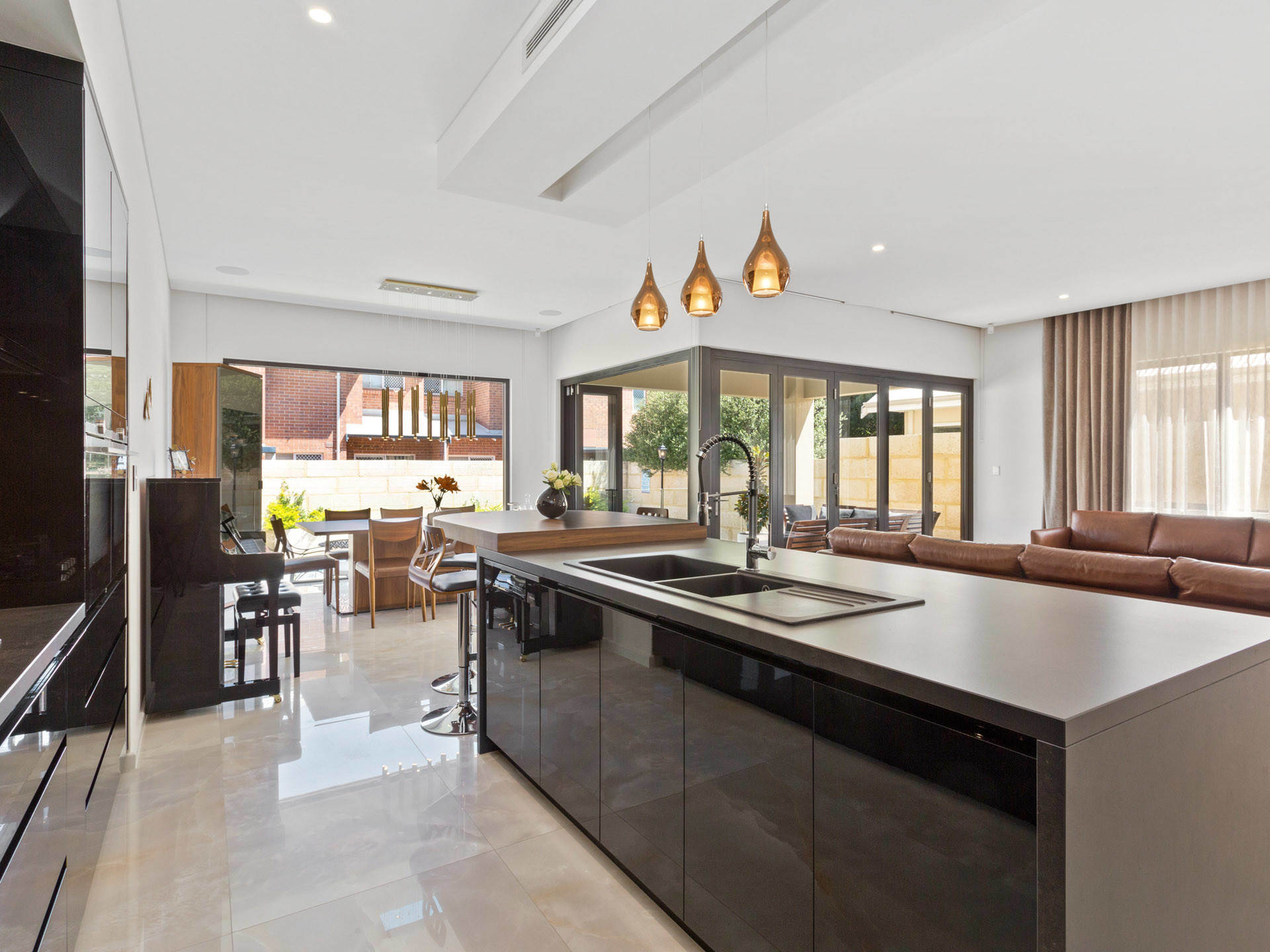 Modern Style Design Home Furnire Modular Dark Brown Lacquere Paint High Gloss Kitchen Cabinet China Modern Kitchen Cabinets Wholesale Kitchen Cabinets Made In China Com