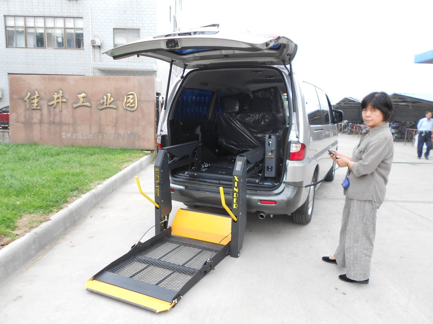 wheel chair lift for van. This Wheelchair Lift Gives New Meaning To The Term Accessibility. Fully Automatic Split Platform Folds Up And Out Of Way At Push A Wheel Chair For Van