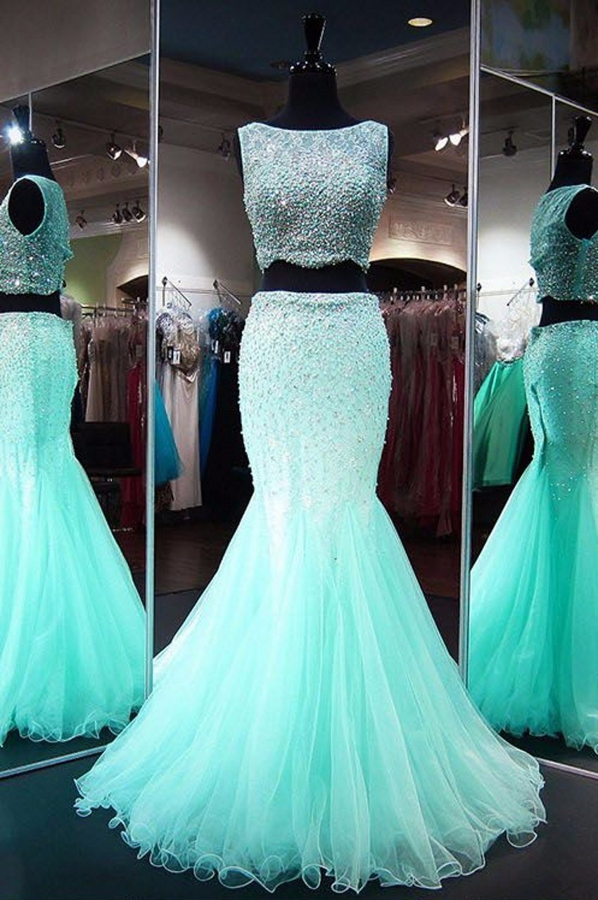cfa8e8c137b Introduction  1. This is our hot sell and unique design gown with  reasonable price. Also