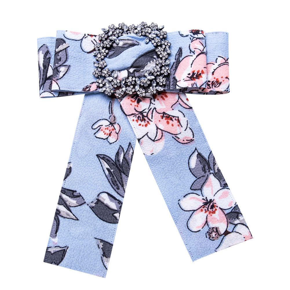 b0d0d48553d Vintage Bowknot Brooch Women Shirt Bow Tie College Wind Collar ...