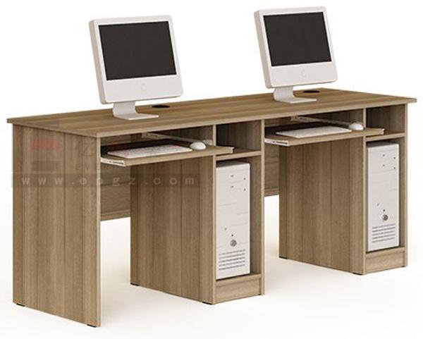 Deux personnes ordinateur de bureau en bois de conception de