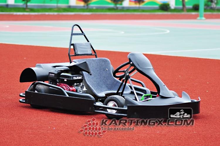 Parque de atracciones de los juegos de carreras de coches Go Karts ...
