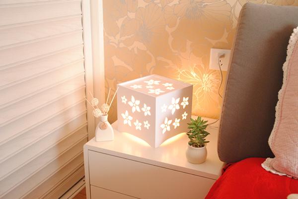 아름답게 디자인된 싼 플라스틱 나무로 되는 LED 테이블 램프 ...