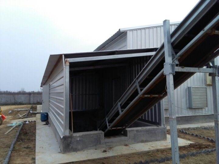 Prefabricated Steel Structure Poultry Chicken House with Equipment (KXD-PCH1)