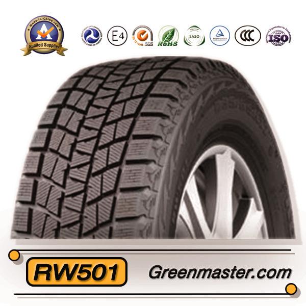 l 39 hiver pneu de voiture de la boue et les pneus neige m s pneus de voiture l 39 hiver pneu de. Black Bedroom Furniture Sets. Home Design Ideas