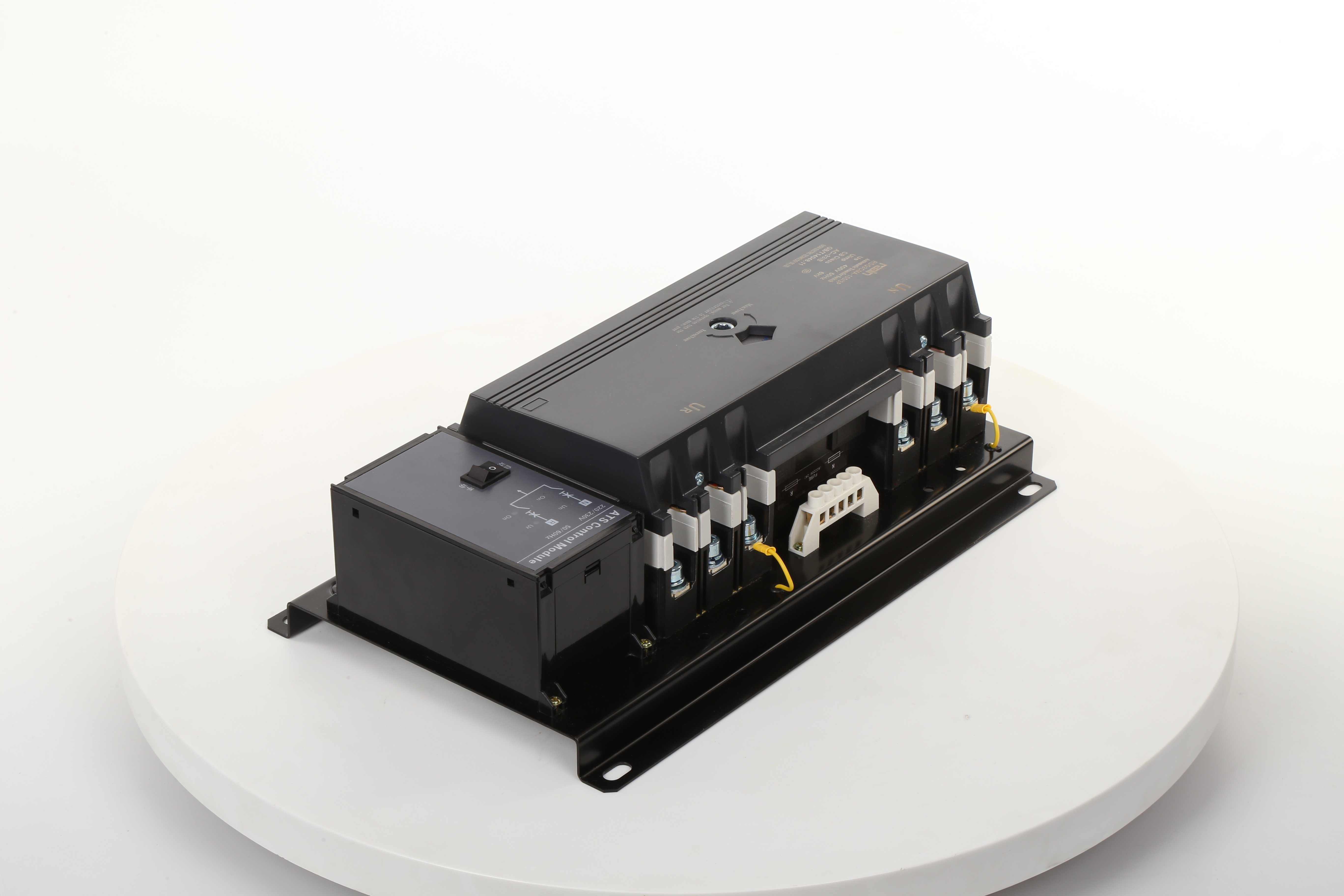rdq3nma series intelligent ats comprised with two 3p or 4p mccb and its  accessories (aux  contact, alarm contact), mechanical interlocking  transmission