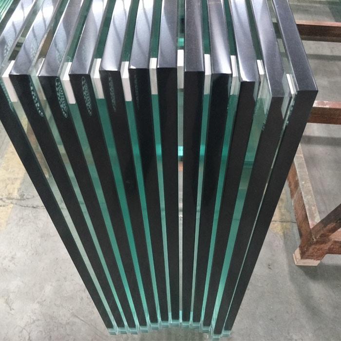 Frameless Tempered Glass Balcony Railing Design Glass Price M2 in Dubai