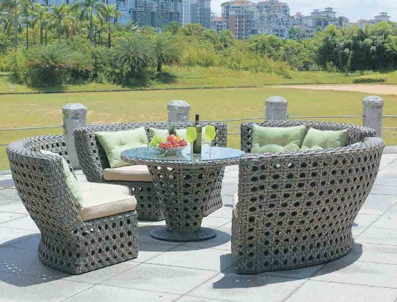 Rattan Garden Furniture Round Table And, Round Table Patio Furniture