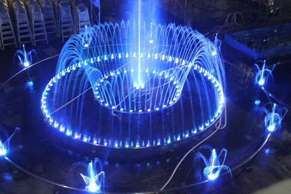 20m de diámetro de la música característica de Agua Fuente de baile ...