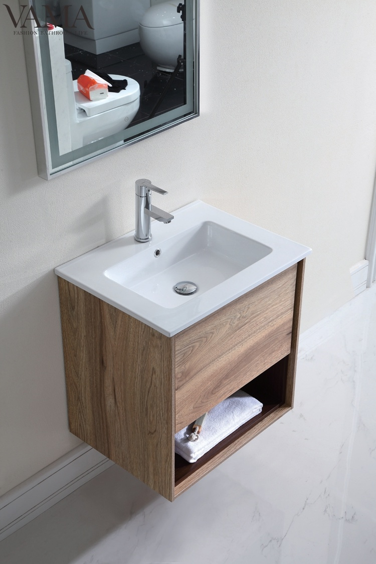 Picture of: Vama 600mm Modern Bathroom Vanity Wall Cabinet Mirror With Led Light 802060 China Bathroom Vanity Light Vanity Bathroom Made In China Com
