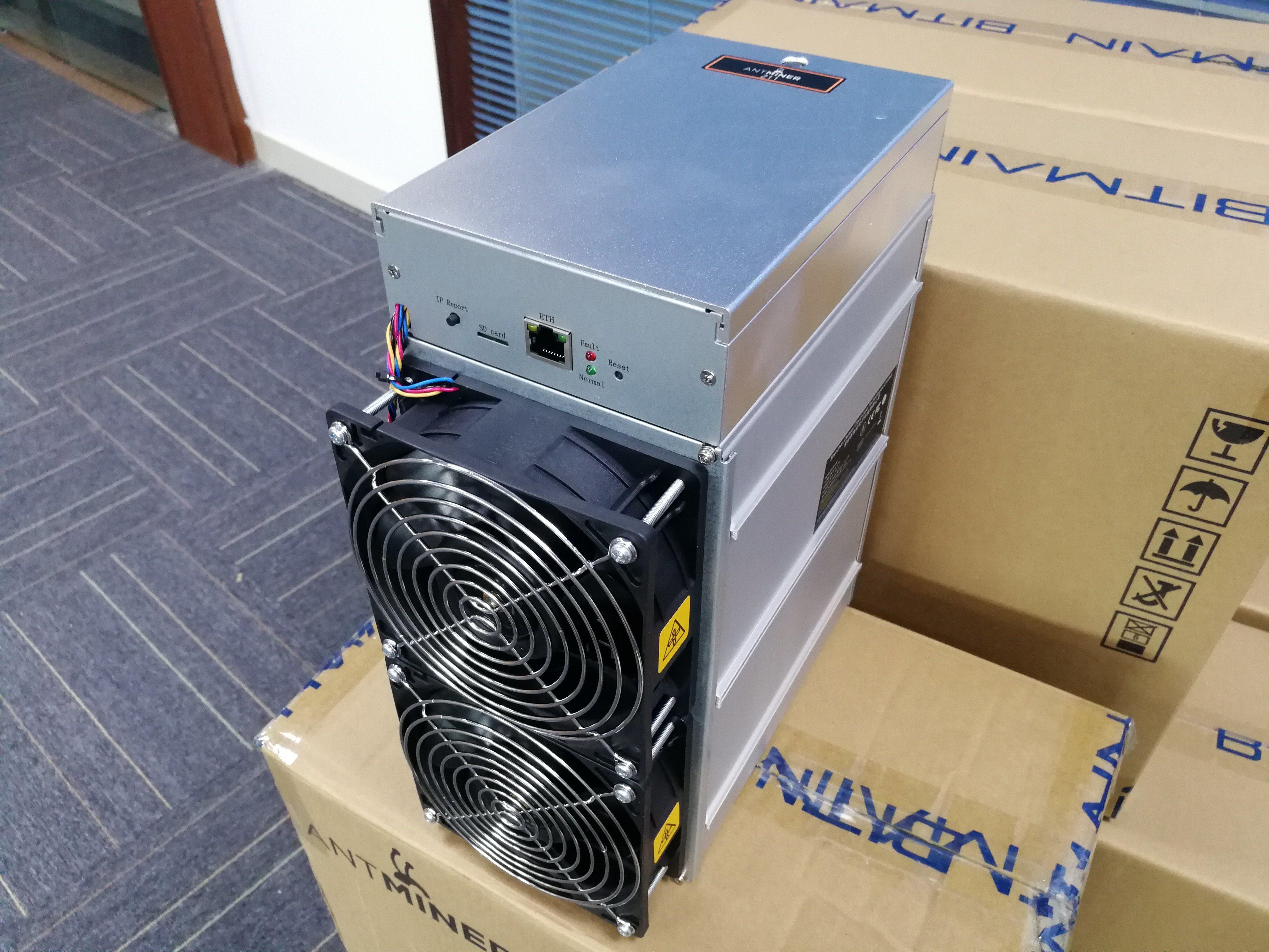 High Profitability Cryptocurrency Zcash Mining Machine Antminer Z15 Asic Miner 420K 1510W