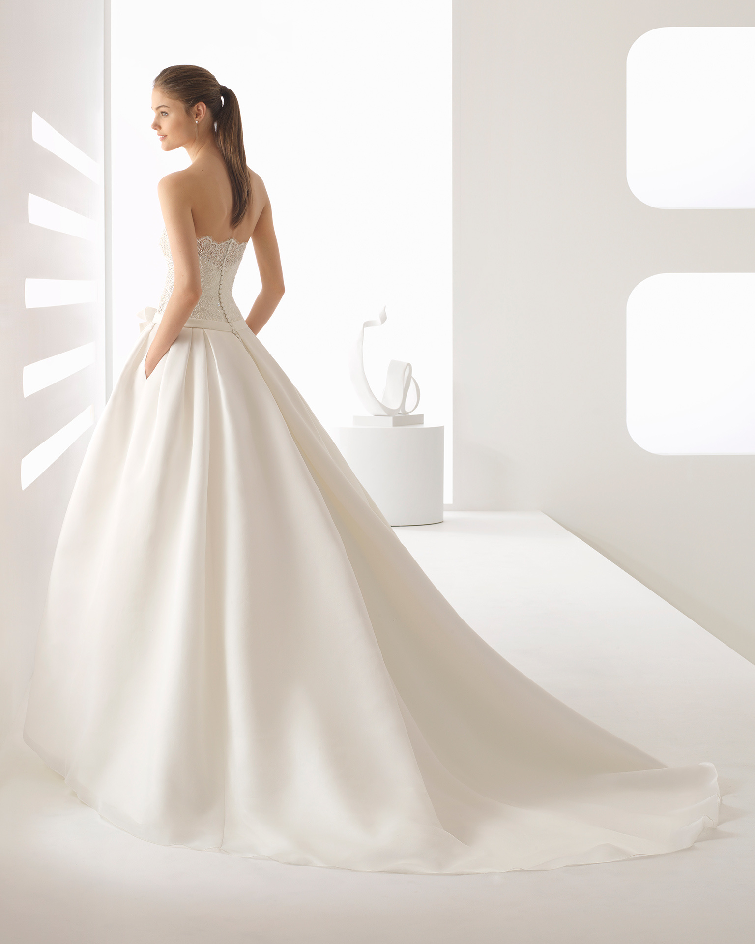 8b5b0f1d9751 Fashion Short Sleeve Bolero Beading Lace Top Organza Skirt with ...