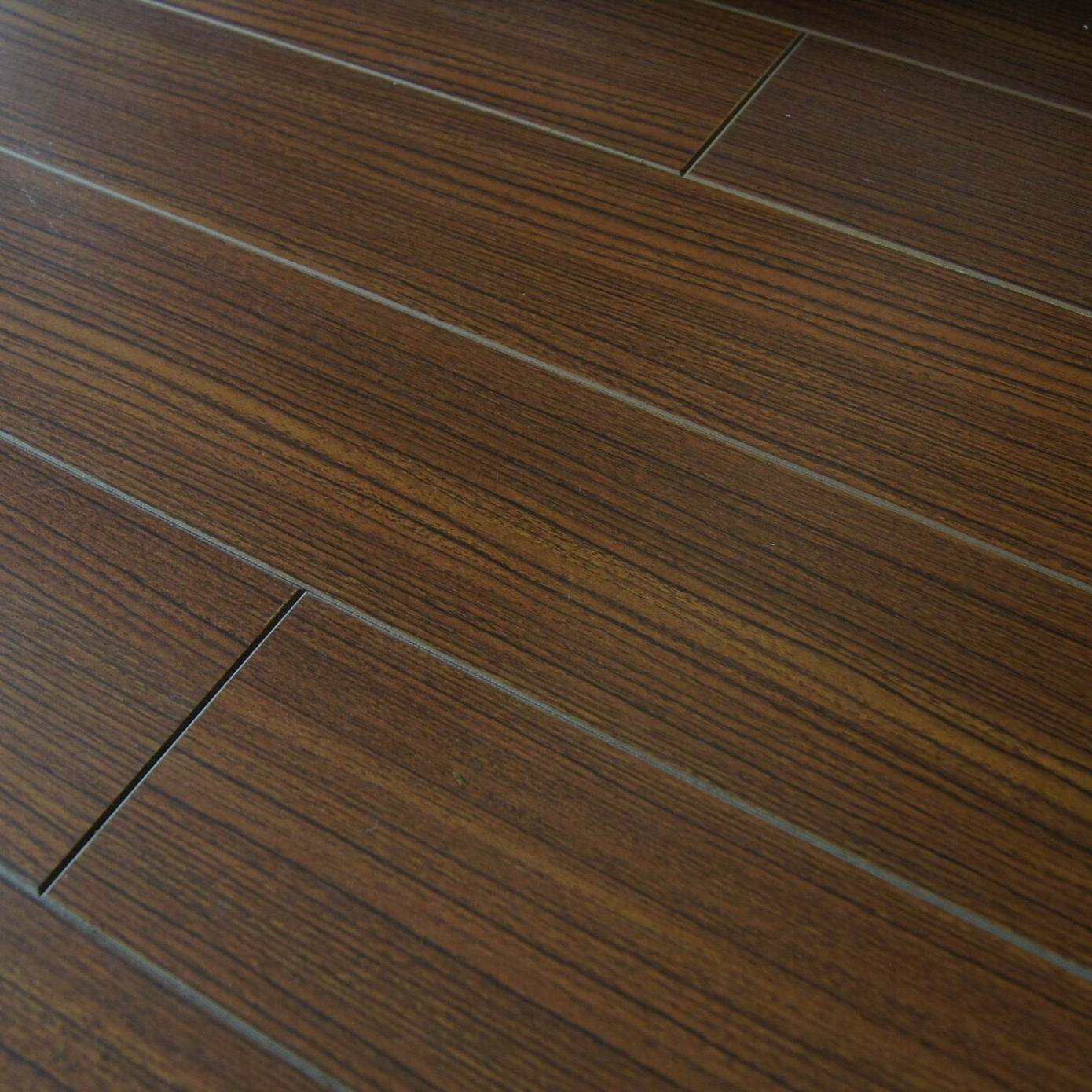 Although It Is Not 100 Wood Base Looks And Feels Very Much Like The Wooden Flooring Offers Unrivalled Comfort